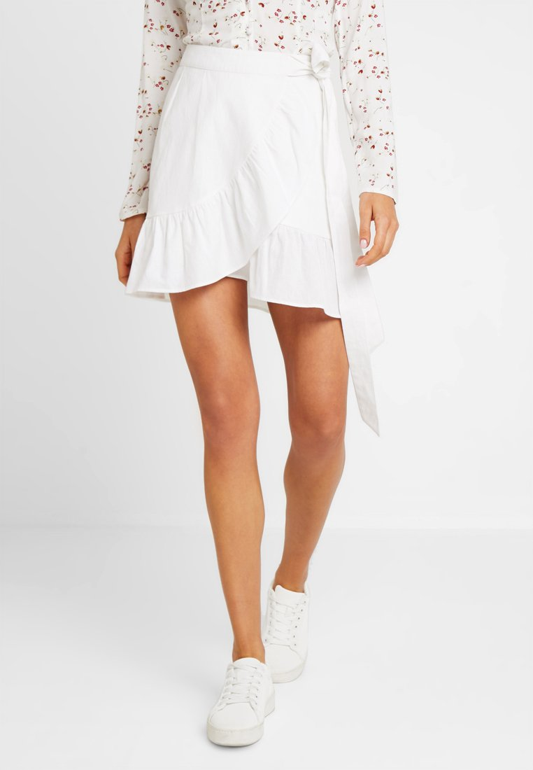Nly by Nelly - WRAPPED FRILL SKIRT - Jupe portefeuille - white