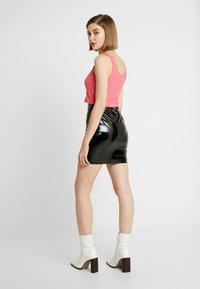 Nly by Nelly - ZIP SKIRT - Mini skirt - black - 2