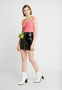 Nly by Nelly - ZIP SKIRT - Mini skirt - black - 1