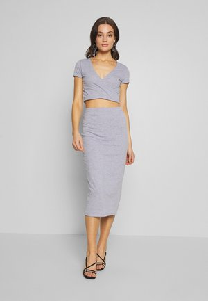 CUT OUT SLIT SET - Maxi skirt - grey mélange