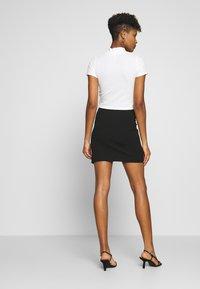 Nly by Nelly - MINI SLIT SKIRT - Mini skirt - black - 2