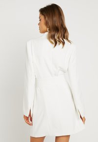 Nly by Nelly - SHARP SUIT DRESS - Etuikjole - white - 2