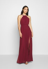 Nly by Nelly - HALTERNECK BEADED GOWN - Abito da sera - burgundy - 0