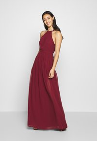 Nly by Nelly - HALTERNECK BEADED GOWN - Abito da sera - burgundy - 1