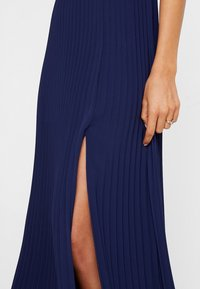 Nly by Nelly - PLEATED GOWN - Galajurk - navy - 6