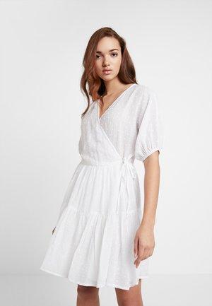 PRETTY POUF DRESS - Vestito estivo - white