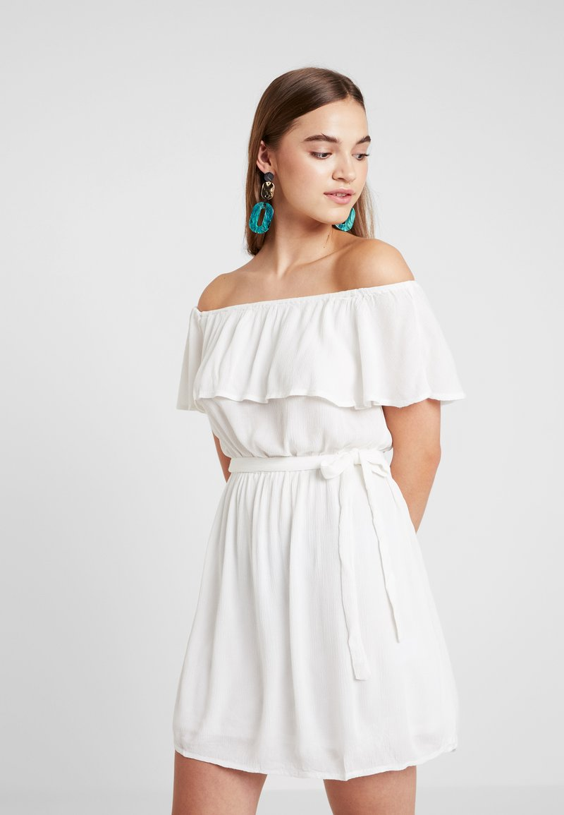 Nly by Nelly - SINGOALLA DRESS - Day dress - white