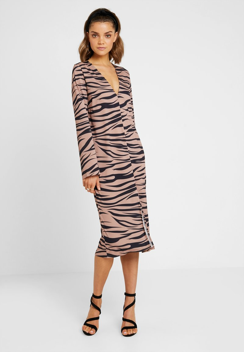 Nly by Nelly - HOPE DRESS - Maxi šaty - light brown
