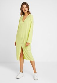 Nly by Nelly - HOPE DRESS - Maxi šaty - daquiri green - 1