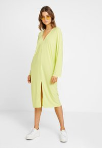 Nly by Nelly - HOPE DRESS - Maxi šaty - daquiri green - 0