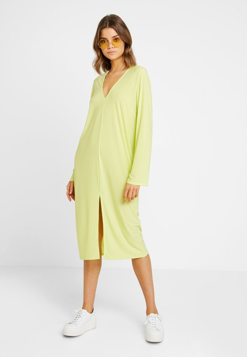 Nly by Nelly - HOPE DRESS - Vestido largo - daquiri green