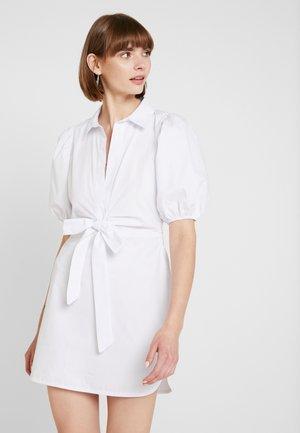PUFF SLEEVE BOW DRESS - Denní šaty - white