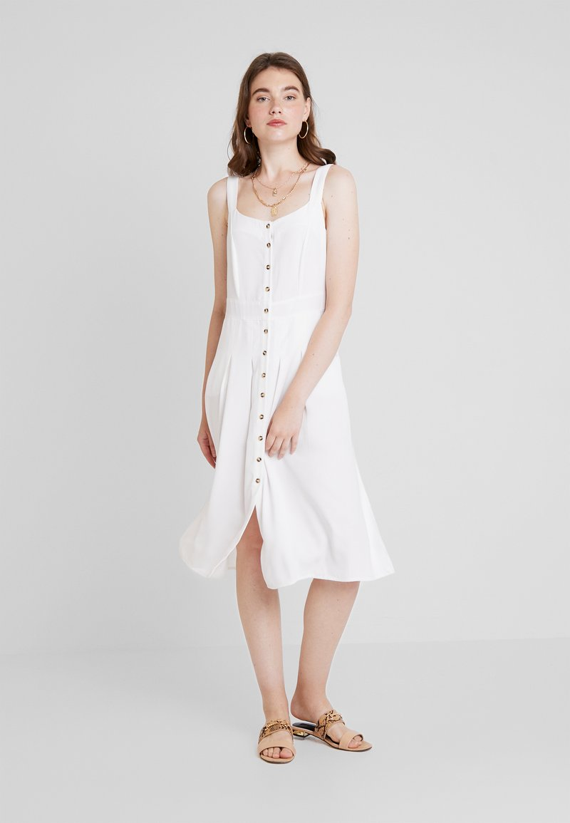 Nly by Nelly - FRONT BUTTON DRESS - Skjortekjole - white