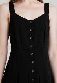 Nly by Nelly - FRONT BUTTON DRESS - Abito a camicia - black - 5