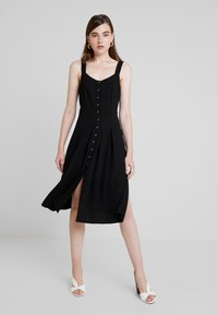 Nly by Nelly - FRONT BUTTON DRESS - Abito a camicia - black - 0