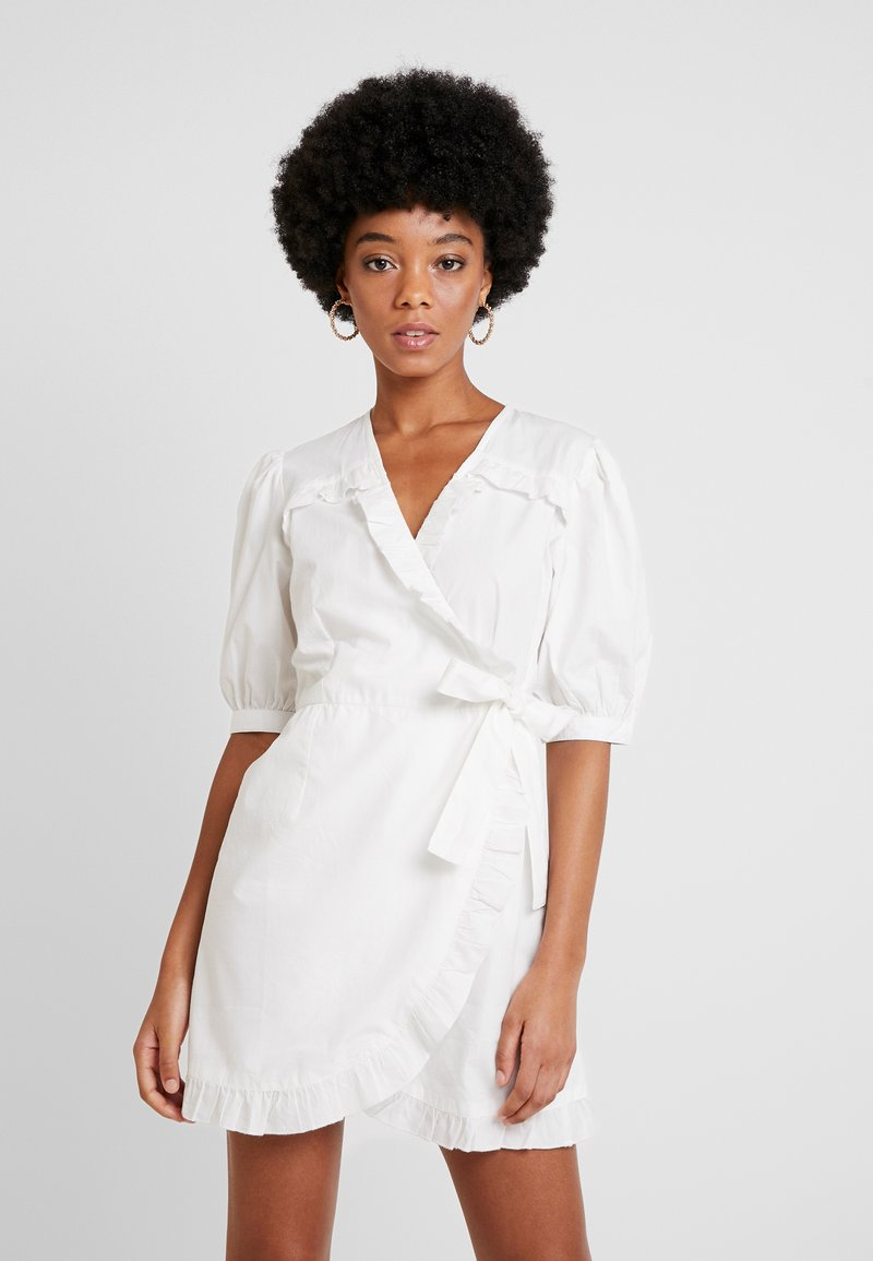 Nly by Nelly - WRAP BLOUSE  - Vestido informal - white
