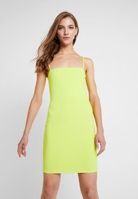 Nly by Nelly - BASIC STRAP DRESS - Robe fourreau - lime - 0