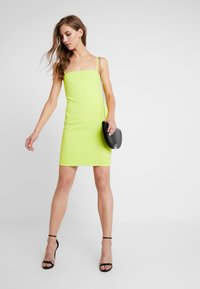 Nly by Nelly - BASIC STRAP DRESS - Robe fourreau - lime - 2