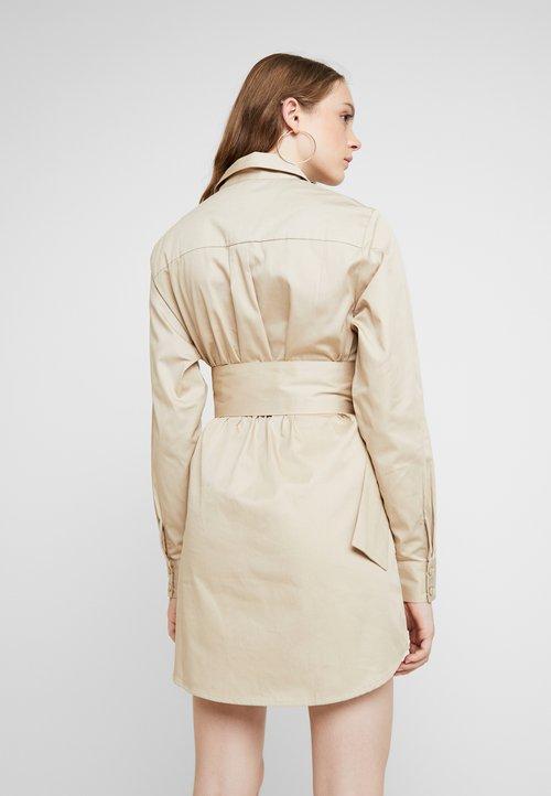 Nly by Nelly OVERSIZE CARGO DRESS - Sukienka koszulowa - beige Odzież Damska Sukienki MCCS-QQ3 70% ZNIŻKI