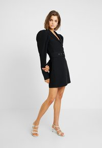 Nly by Nelly - VOLUME SLEEVE SUIT DRESS - Kjole - black - 2