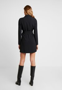 Nly by Nelly - FABULOUS SUIT DRESS - Robe fourreau - black - 3