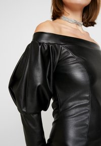Nly by Nelly - VOLUME SLEEVE DRESS - Pouzdrové šaty - black - 6