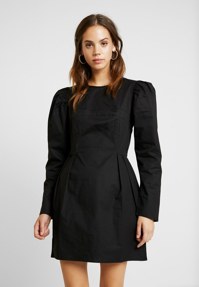 Nly by Nelly - SCULPTURED PUFF DRESS - Kjole - black