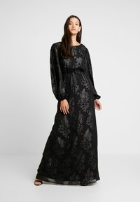 Nly by Nelly - SLEEVE GOWN - Ballkjole - black - 0