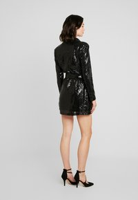 Nly by Nelly - FABULOUS SEQUIN SUIT DRESS - Cocktail dress / Party dress - black - 3