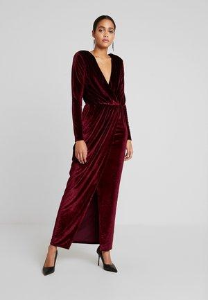DRAPED WAIST GOWN - Společenské šaty - burgundy
