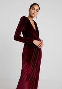 Nly by Nelly - DRAPED WAIST GOWN - Occasion wear - burgundy - 4
