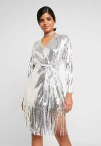 Nly by Nelly - WRAP FRINGE SEQUIN DRESS - Cocktail dress / Party dress - silver - 0
