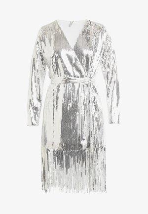 WRAP FRINGE SEQUIN DRESS - Robe de soirée - silver