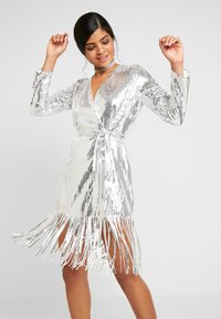 Nly by Nelly - WRAP FRINGE SEQUIN DRESS - Cocktail dress / Party dress - silver - 4