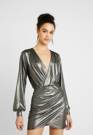 PARTY ON DRESS - Cocktailkjole - silver