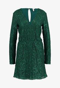 Nly by Nelly - SPARKLY DRESS - Sukienka koktajlowa - green - 5