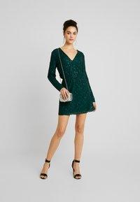 Nly by Nelly - SPARKLY DRESS - Sukienka koktajlowa - green - 2