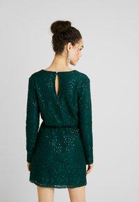 Nly by Nelly - SPARKLY DRESS - Sukienka koktajlowa - green - 3