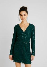 Nly by Nelly - SPARKLY DRESS - Sukienka koktajlowa - green - 0