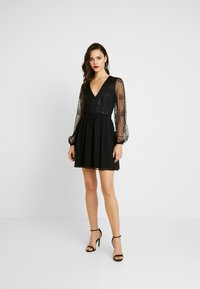 Nly by Nelly - RITZY GLITTER SKATER DRESS - Cocktailklänning - black - 2