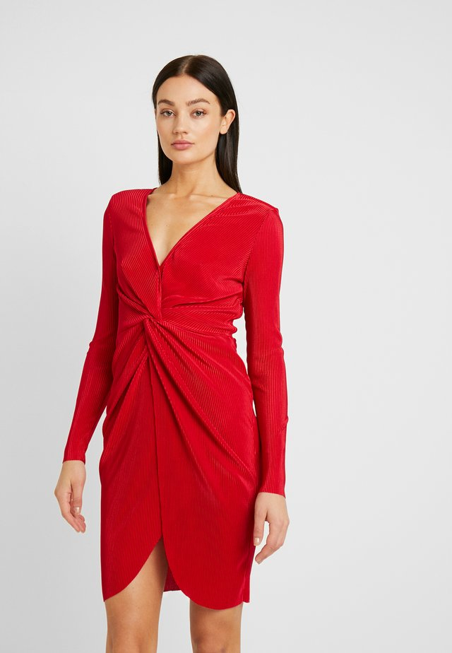 TWISTED PLEATED DRESS - Cocktail dress / Party dress - red