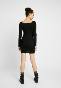 Nly by Nelly - ROUCHED DRESS - Fodralklänning - black - 3