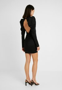Nly by Nelly - OPEN BACK PUFF DRESS - Cocktailkjole - black - 3