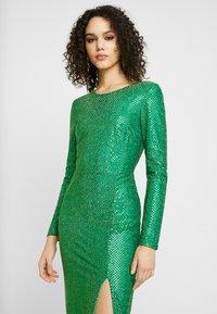 Nly by Nelly - SPARKLING SLIT GOWN - Společenské šaty - green - 4