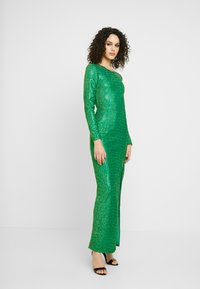 Nly by Nelly - SPARKLING SLIT GOWN - Společenské šaty - green - 2
