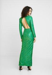 Nly by Nelly - SPARKLING SLIT GOWN - Společenské šaty - green - 3