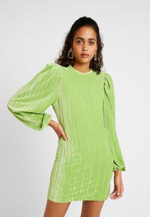 FIERCE DRESS - Shift dress - green