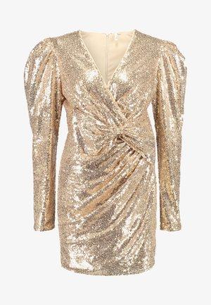 PUFFY POWER SEQUIN DRESS - Koktejlové šaty/ šaty na párty - gold