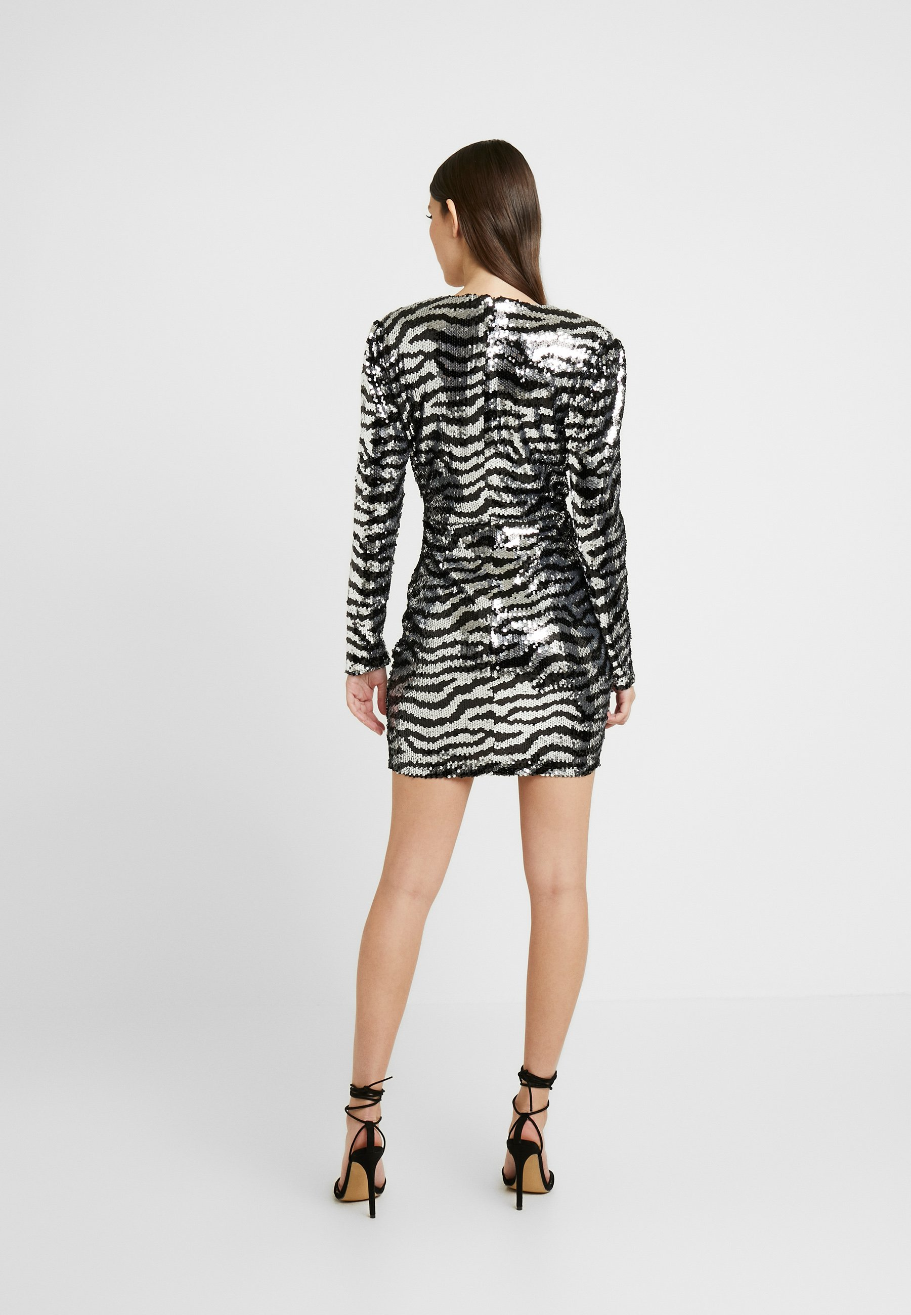 Nly By Nelly Zebra Sequin Dress - Robe De Soirée Silver