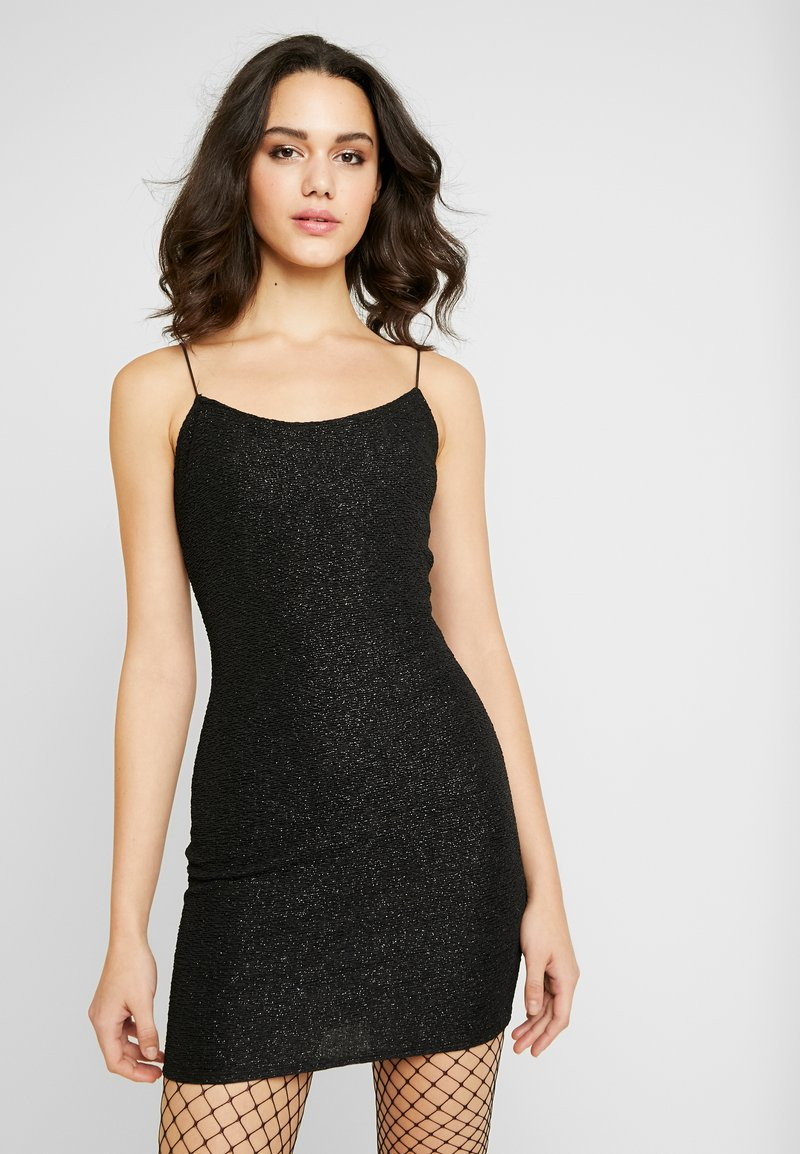 Nly by Nelly - SHIMMER DRESS - Koktejlové šaty / šaty na párty - black